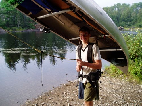 Carrying A Solo Canoe Without A Yoke Song Of The Paddle Forum