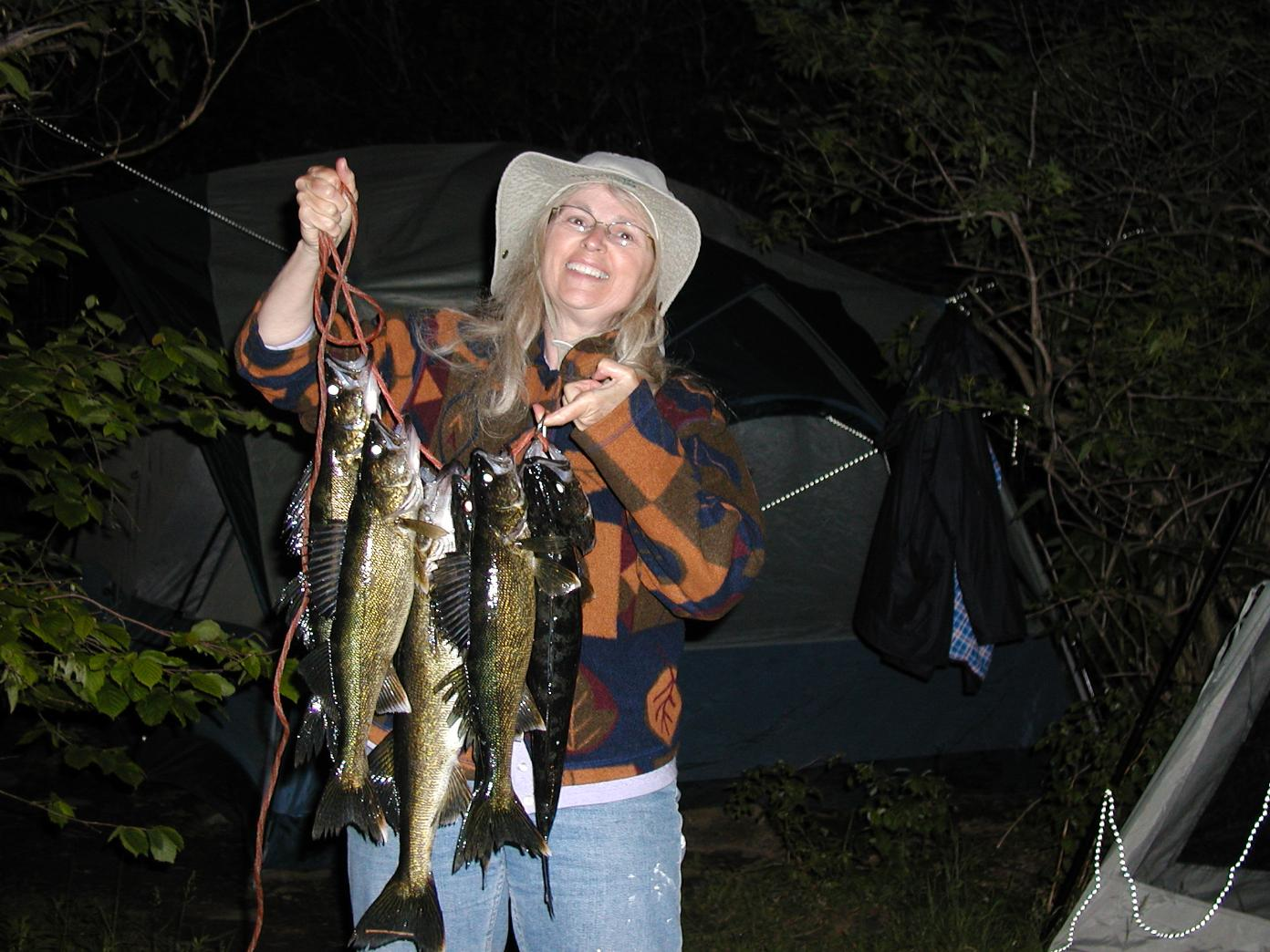 Bwca dumb question stringer boundary waters fishing forum for How to use a fish stringer