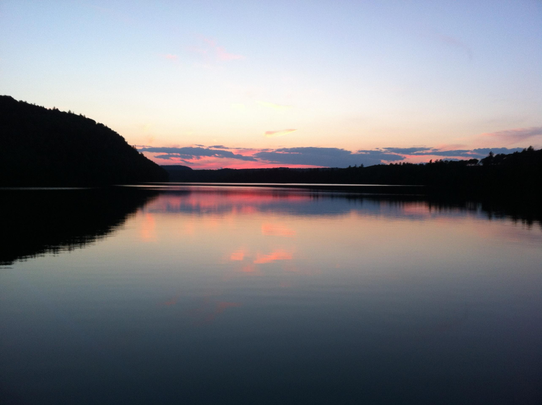 http://photos.bwca.com/h/HEAVYCANOE-040314-205218.JPG Canoe