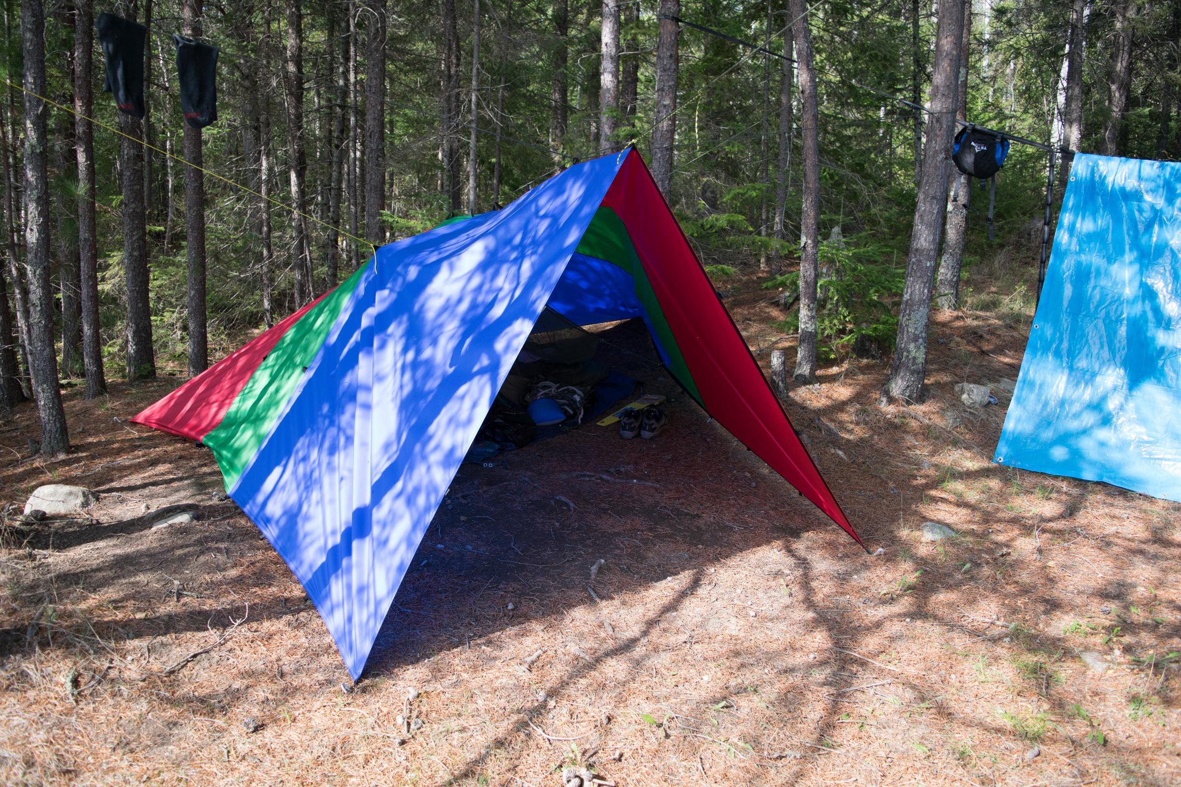 how to use a tarp