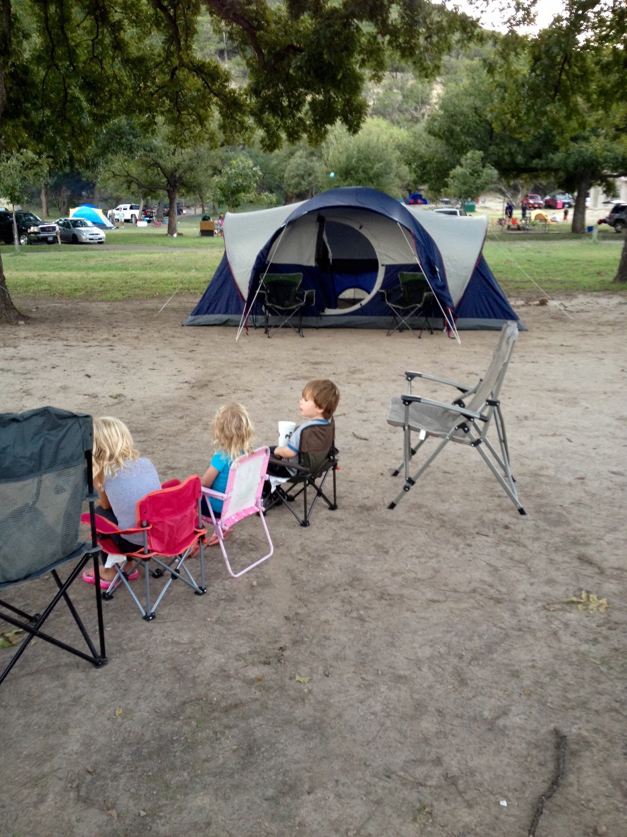 Coleman Montana. Technically an 8 person tent. Iu0027m 5u002711  and stand up inside. Plenty of room in case get stuck inside. I wonu0027t be carrying it anywhere ... & BWCA Family Car Camping Tent? Boundary Waters Gear Forum