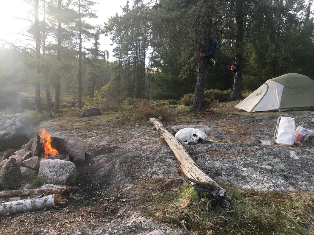 Knute lake Camp