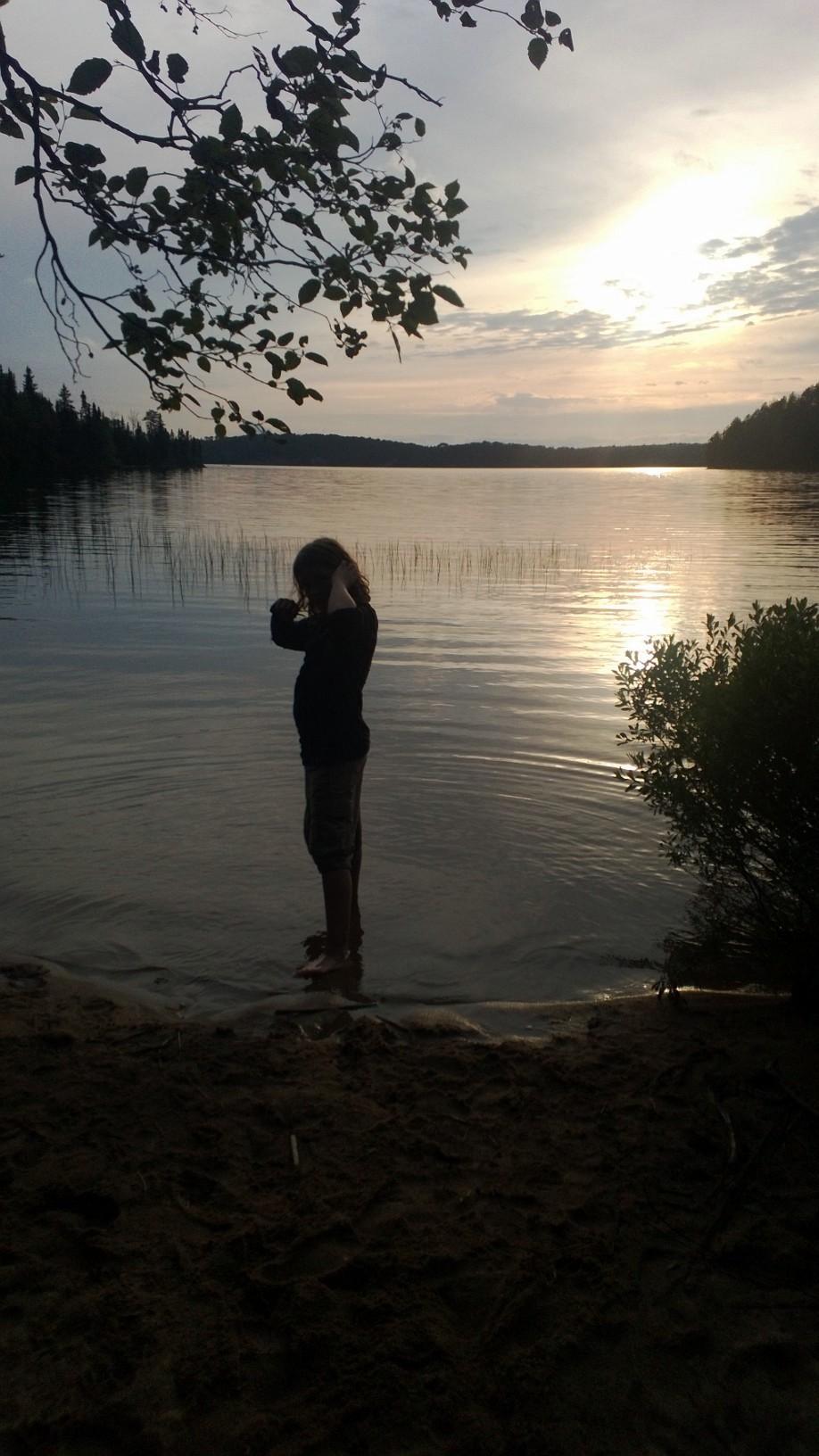 Cirrus sunset at camp