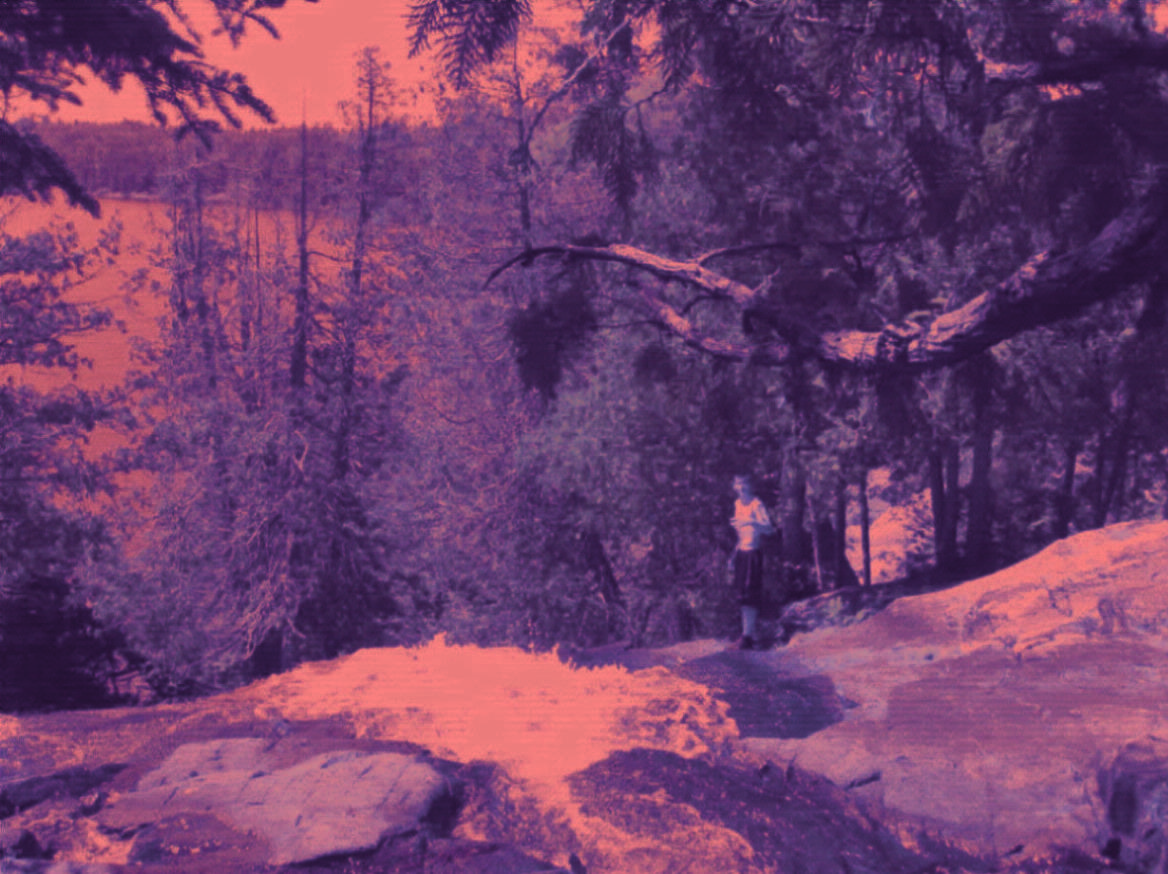 Agnes lake at Louisa