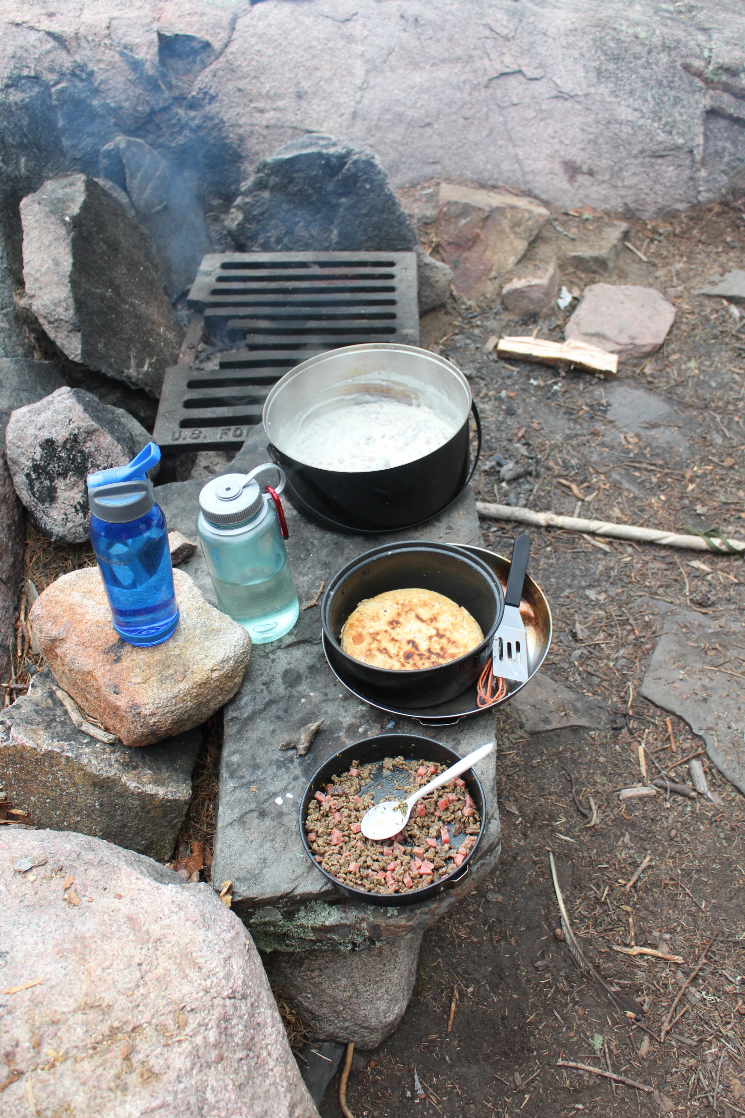 Lynx Lake Breakfast 2020