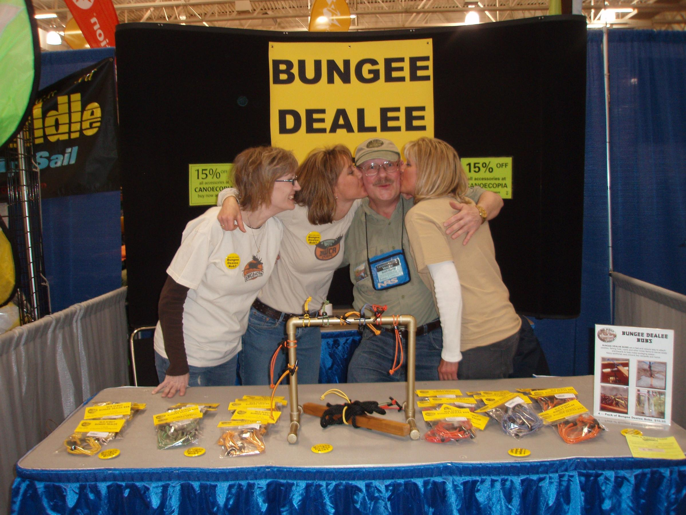 Bungee Dealee Bob Babes