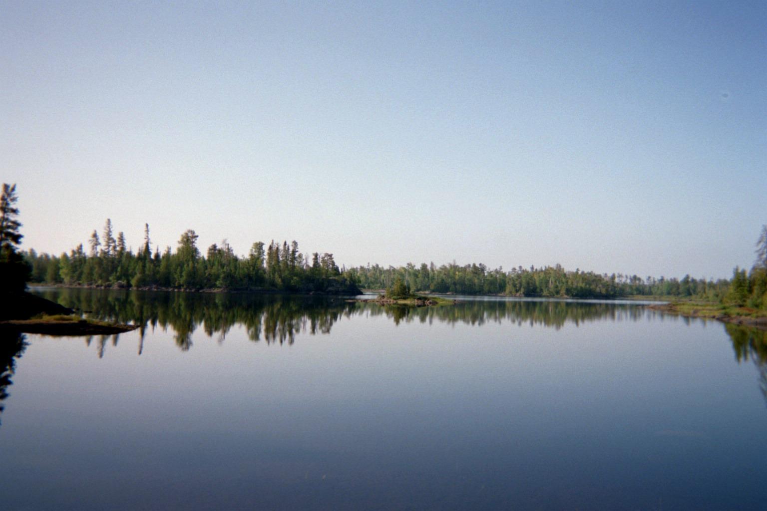 Insula Lake